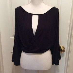 Free People Top L Black Solid Bell Sleeve Keyhole